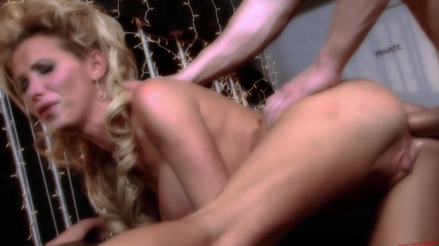 Nikki Benz Can Barely Handle A Huge Cock In The Ass